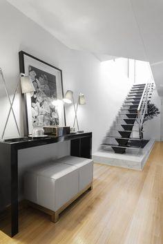 Descubra fotos de Salas de estar modernas: Casa em Braga. Encontre em fotos as melhores ideias e inspirações para criar a sua casa perfeita.