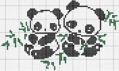 Dos ositos panda disponibles en cuadricula punto de cruz.     Es mufácilde hacer y ideal si quieres aprender Como Hacer Punto De Cruz  c...