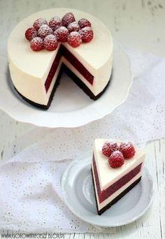 raspberry and cheesecake layered cake