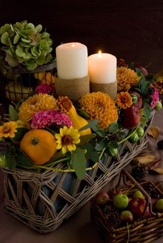 Pretty tablescape with fresh, Fall flowers~❥