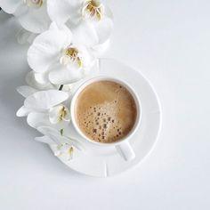 Coffee Shot, Coffee Cafe, My Coffee, Morning Coffee, Morning Morning, Coffee Break, Flat Lay Photography, Coffee Photography, Food Photography
