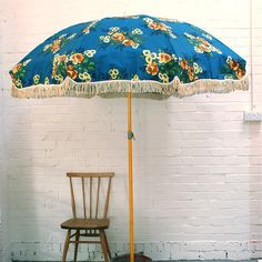 Vintage Garden Parasol. I hope I will find one in the thrift store one day...