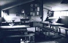 Lottakanttiini Hävittäjä ÄÄnislinnassa / Viihtyisin Lottakanttiini kilpailun kuvasatoa vuodelta 1944.  #lottamuseo#lottasvard#lottakanttiini#sisustus