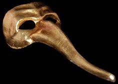 Zanni Ibiz Gold Long Nose Mask
