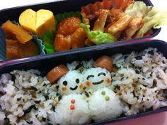 Twitter from @riekorin おはよう(^-^)/今日のお弁当は雪だるまで♪ #kyaraben #obentoart