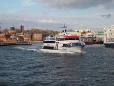 Sundbuss Jeppe på vej ud af Helsingborg Havn