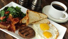 Top 10 favorite spots for brunch and weekend breakfasts in the Heights and along Washington Avenue from 365 Things to Do in Houston.