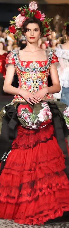 Dolce and Gabbana Fall-2016 Alta Moda Collection Highlights