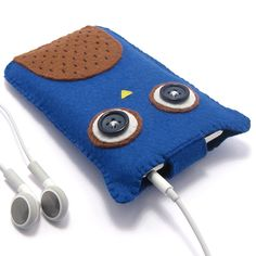 Owl iPod Case/Mobile Phone Case