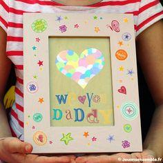Cadre cœur en gommettes Fêtes des pères | Jouonsensemble.fr