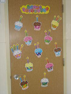 Birthday Bulletin, Baby Shark, School Classroom, Primary School, Diy For Kids, Happy Birthday, Teaching, Education, Drawings