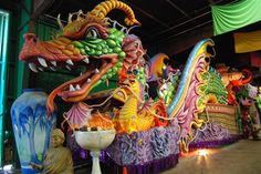 Image from http://static.travel.usnews.com/images/destinations/3/the_krewe_of_orpheus_leviathan_float_mardi_gras_world_new_orleans_usa.jpg.