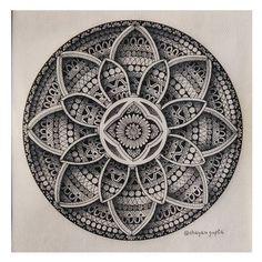 Mandala Sketch, Mandala Doodle, Mandala Art Lesson, Mandala Artwork, Mandala Tattoo Design, Mandala Drawing, Mandala Painting, Doodle Art Drawing, Design Art Drawing