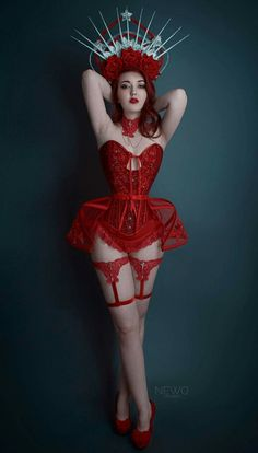 Alluring Vixens features the hottest glamour models on the net. These sexy vixens love to pose on camera and perform live on webcam! Burlesque Outfit, Burlesque Costumes, Showgirl Costume, Burlesque Corset, Corset Costumes, Red Corset, Jolie Lingerie, Red Lingerie, Alternative Mode