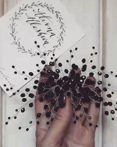 274 отметок «Нравится», 58 комментариев — СВАДЕБНЫЕВЕЧЕРНИЕ УКРАШЕНИЯ (@alionaklesheva) в Instagram: «Всем доброго вечера ♀️ . По многочисленным просьбам разбавлю свой аккаунт цветными красками .…» Jewelry Making Beads, Cute Jewelry, Bridal Jewelry, Beaded Jewelry, Hair Jewels, Hair Beads, Wedding Hair Accessories, Diy Necklace, Cute Hairstyles