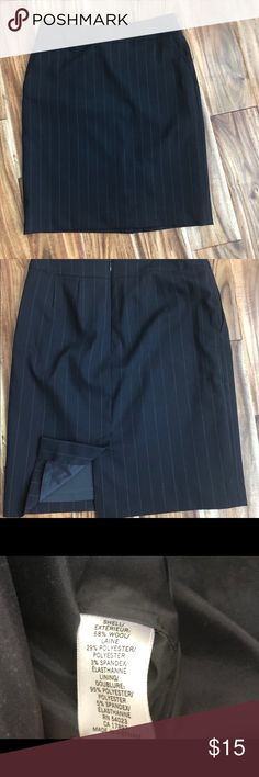 Banana Republic navy blue pinstripe pencil skirt Like new! Banana Republic navy blue pinstripe pencil skirt, fully lined, great professional look for the office Banana Republic Skirts Pencil