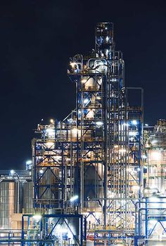 Luminous Nighttime Photos of European Oil Refineries