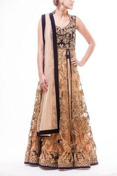 Lacha Gown