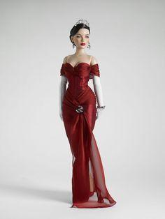 How can a doll look so good?  Robert Tonner Dolls.