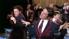 Hilarious Glee Gifs! | SMOSH   Ok... I have no idea whats happening....