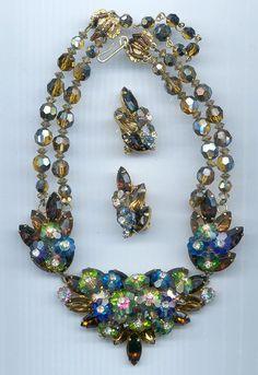 Spectacular vintage Hobe bib rhinestone necklace, bracelet, earring set…