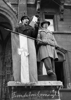 Hungarian Revolution of 1956 Communism, Budapest Hungary, Old Pictures, Austria, Revolution, The Past, Statue, History, Historia