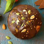 Tartă cu ciocolată — Adi Hădean An Nou Fericit, Yummy Food, Delicious Recipes, Deserts, Muffin, Pudding, Sweets, Homemade, Cookies