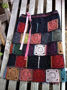great granny square skirt on Ravelry. Crochet Bodycon Dresses, Black Crochet Dress, Crochet Skirts, Crochet Coat, Love Crochet, Beautiful Crochet, Vintage Crochet, Crochet Clothes, Crochet Hooks