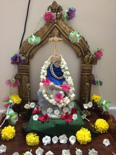 Sai Baba Pictures, Sai Baba Photos, God Pictures, Sai Baba Miracles, Baba Image, Om Sai Ram, Pooja Rooms, Hindus, Shell Crafts