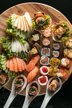 Sushi Recipes, Seafood Recipes, Asian Recipes, Healthy Recipes, Ethnic Recipes, Sushi Platter, Seafood Buffet, Sushi Party, Good Food
