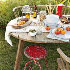 outdoor dinner tables | Beautiful Outdoor Tables Design Matches in Summer 2012 | Fres Home ...