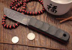 Raccon knives