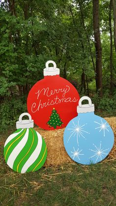 Set of 3 Christmas Ornaments Yard Lawn Art Ornament Decoration image 0 Christmas Wood, Christmas Projects, Holiday Crafts, Christmas Bulbs, Holiday Decor, Diy Christmas Yard Art, Christmas Float Ideas, Halloween Yard Art, Large Christmas Ornaments