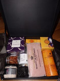 New Age Mama: See France In a Box with OuiPlease