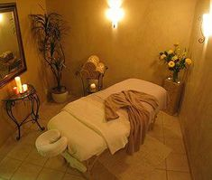 This is a good idea for turning my bedroom into a Massage room, I like how c. - This is a good idea for turning my bedroom into a Massage room, I like how calm it is in this picture Massage Room Decor, Massage Therapy Rooms, Spa Room Decor, Massage Table, Spa Massage, Facial Massage, Facial Room, Esthetics Room, Spa Treatment Room