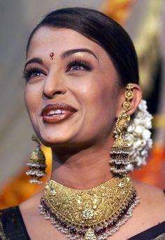 Aishwarya Rai  {2002}