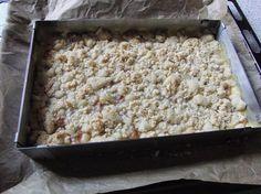 Britti's Blog: Rhabarberkuchen mit Pudding, Streuseln & weißer Schokolade