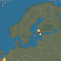 Crowdsourced live lightning map.