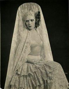 Dolores Del Rio   por ondiraiduveau