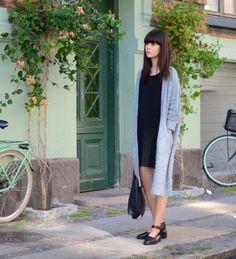 outfit-black-shirt-dress-acne-long-grey-cardigan-710x781