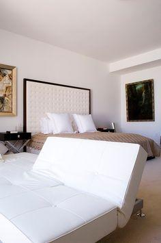 Miami Beach Residence by Pepe Calderin Design