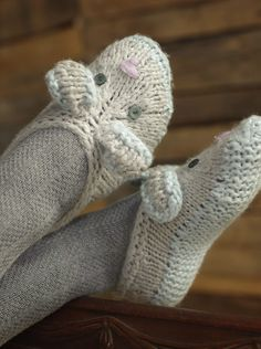 Knitting Pattern for Beatrix Bunny Slippers - These slippers are a quick knit in super bulky yarn. Designed by Rae Blackledge.