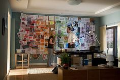 Claire Danes research wall from Homeland