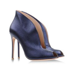 Gianvito Rossi metallic blue open-toe ankle boots #shoes #scarpe #heels #stivaletti #stivali #booties #ankleboots #blue
