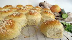 Brytebrød med parmesanost – NRK Mat – Oppskrifter og inspirasjon Hot Dog Buns, Baguette, Baked Goods, Nom Nom, Food And Drink, Tasty, Sweets, Bread, Baking