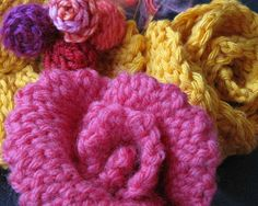 Crochet slip stitches can give different effects to rose petals. From Vashti Braha's blog.