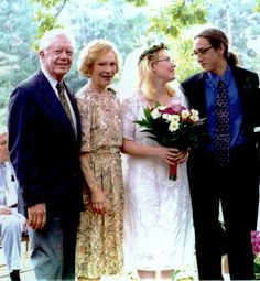 Amy Carter, the only daughter of former President Jimmy Carter and First Lady Rosalyn Carter, married Jim Wentzel at the home of her grandmother on September 1, 1996 in Plains, Georgia.