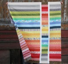 @Allison j.d.m j.d.m Harris has a strip quilt pattern that can come in any color scheme! Those new to quilting who would like to make a bright baby quilt pattern should take a look at this beginner quilt pattern.