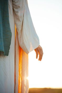 we seek Jesus in our daily lives? Understandably, we will never be perfect, however, the remarkable gift of the Atonement of Jesus Christ allows us return to Him daily, even if that means multiple times. Pictures Of Jesus Christ, Jesus Christ Images, Jesus Art, Jesus Pics, Jesus Christ Lds, God Jesus, Savior, Resurrection Of Jesus, Christ The Redeemer