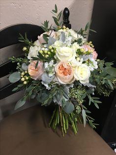 Bridal Flowers, Flower Bouquet Wedding, Flower Centerpieces, Flower Arrangements, Wedding Colors, Wedding Ideas, Wedding Arches, Bride Bouquets, Center Pieces